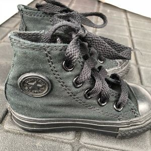 Converse Chuck Taylor's Black High Top Shoes Sz 4